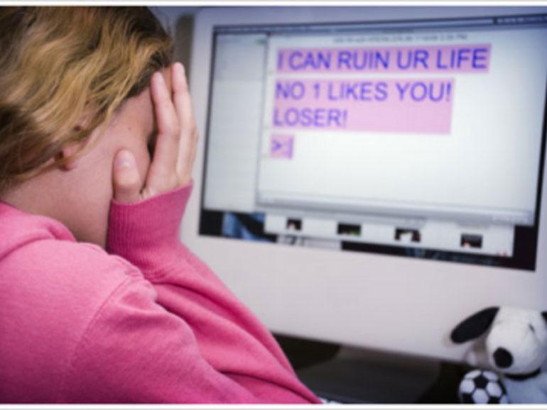 cyberbullying-μήνυμα