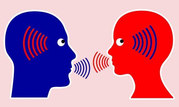Ενεργητική ακρόαση: τα οφέλη της στη σχέση γονέων-παιδιών