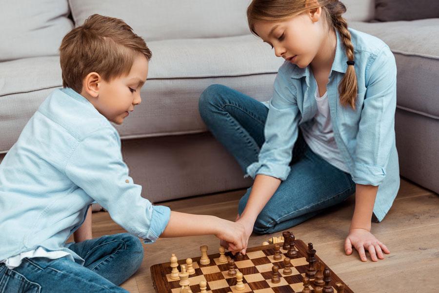 αδέρφια-ρόλους-σκάκι