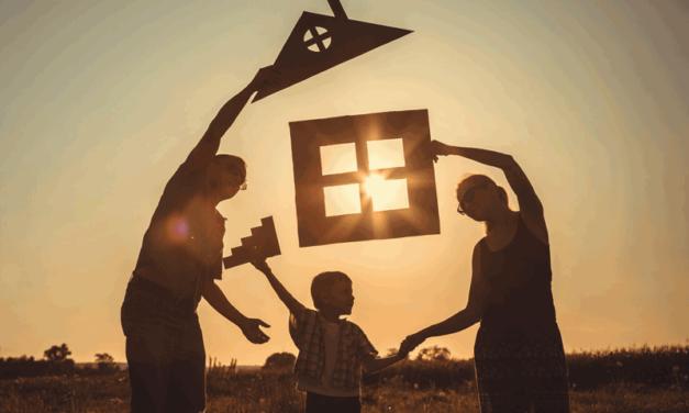 Τέσσερις ιδέες για να κατακτήσουμε την οικογενειακή ευτυχία