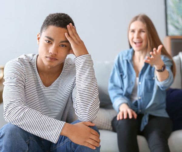 έφηβος-απόρριψη