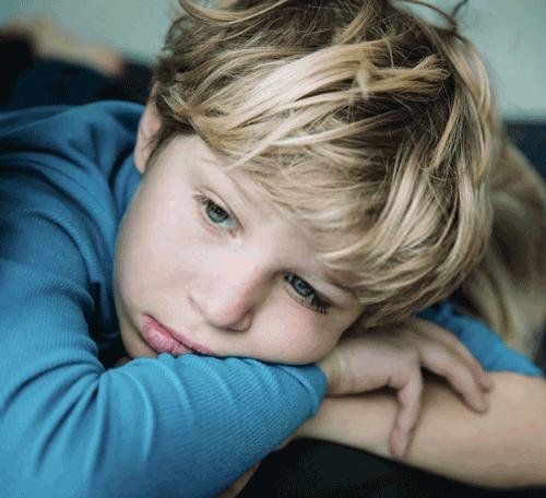 Κατάθλιψη στα παιδιά. Πώς την εντοπίζουμε και αντιμετωπίζουμε;